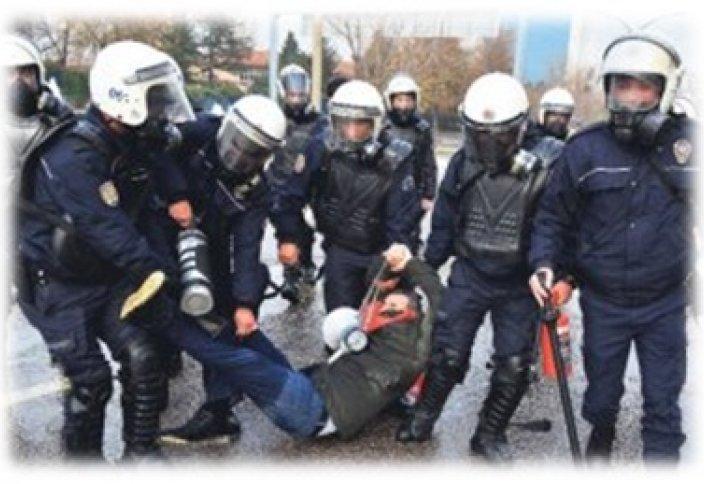 Митинг учителей в Турции не в пользу религиозного образования
