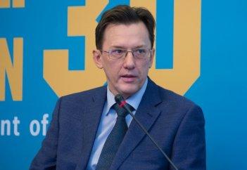 Экономист: Казахстанцы будут жить в условиях разворачивающегося кризиса