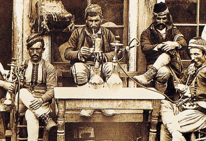 Почему власти закрывали кофейни в средневековом Египте?