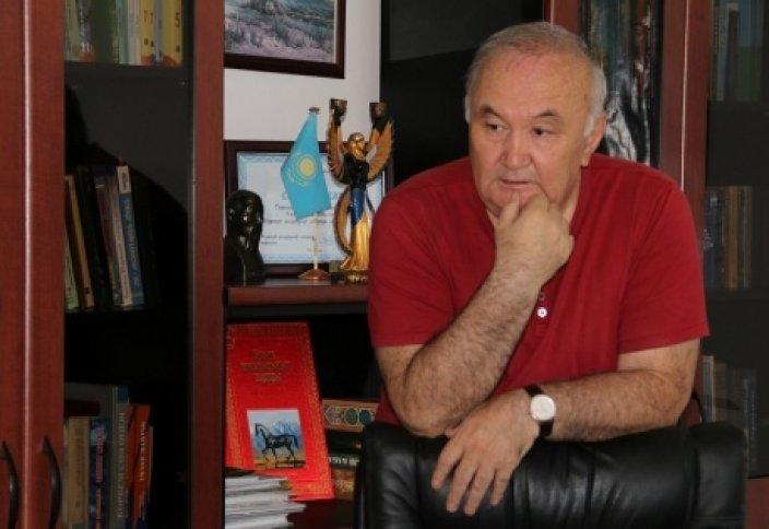 Есенғали Раушанов. Қыркүйек