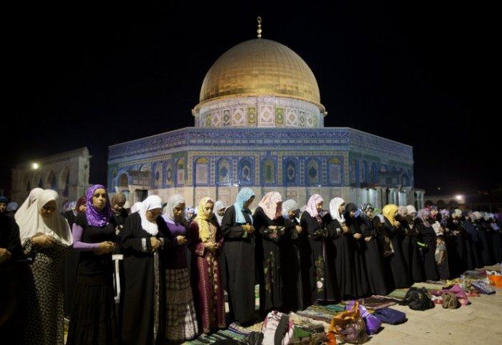 Долгожданная встреча палестинцев с мечетью Аль-Акса