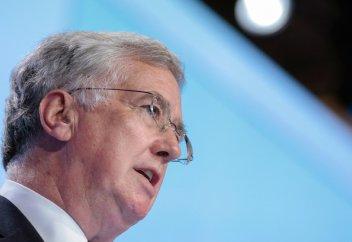Лондон заявляет о праве на превентивный ядерный удар