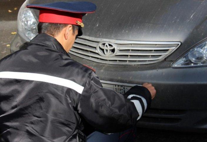 За какие нарушения инспектор имеет право снять госномер