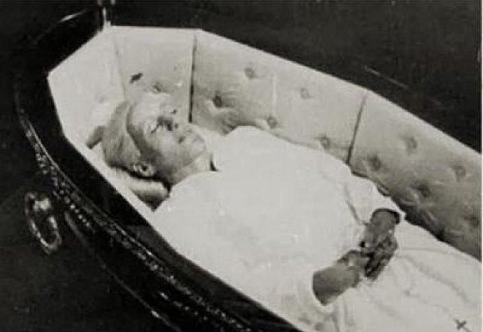 Бір мүрденің тарихы (фото)