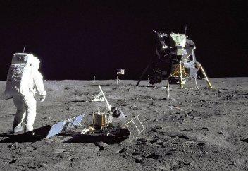 Новосибирские физики подтвердили подлинность высадки астронавтов США на Луну