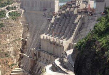 Огромная плотина приведет к природной катастрофе