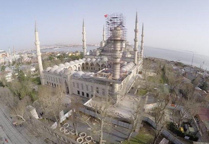 В Стамбуле одному из минаретов Голубой мечети требуется реконструкция