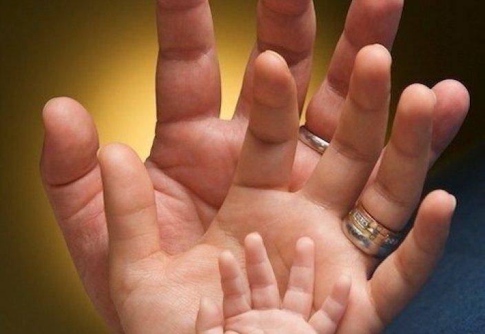 Разные: Психолог назвала причины позднего рождения детей в крупных городах