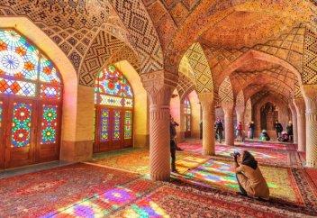 Разное: Иран перестанет ставить штампы в паспортах иностранных туристов на границе