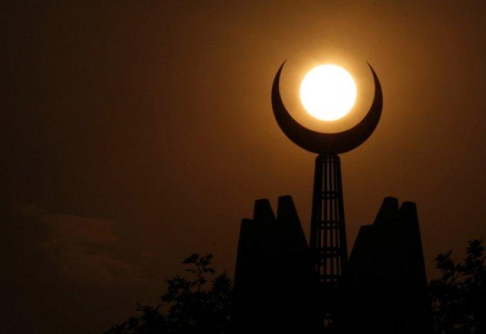 Самый долгий пост в Рамадан за последние 32 года