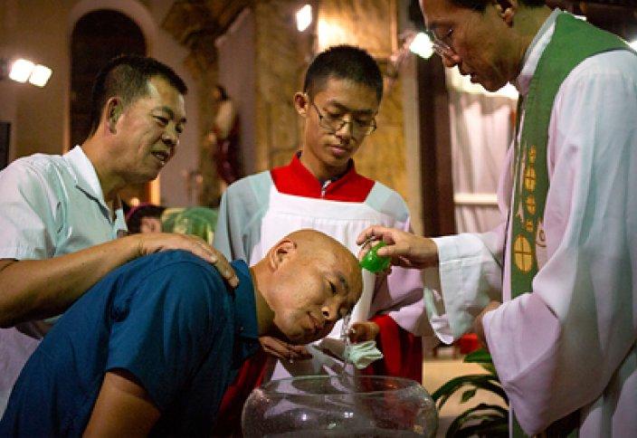 Қытайда христиандықты шектеудің қатаң шаралары басталды