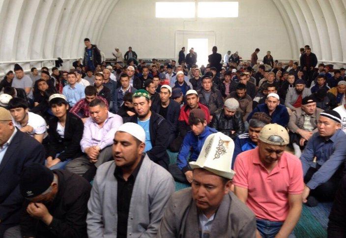 Ангар МЧС под мечеть