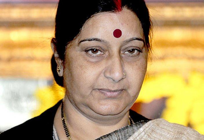 Скандал в Индии вызвало требование министра иностранных дел страны