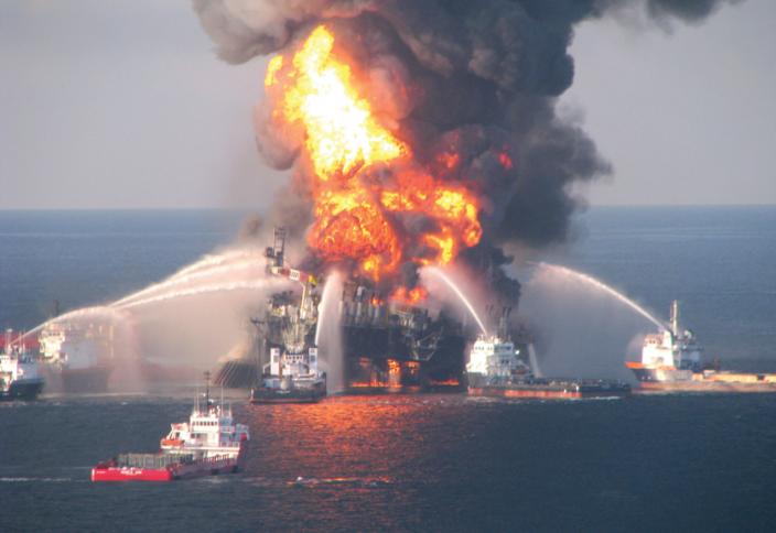 Как жадность и самоуверенность корпорации привели к крупнейшему в истории США разливу нефти
