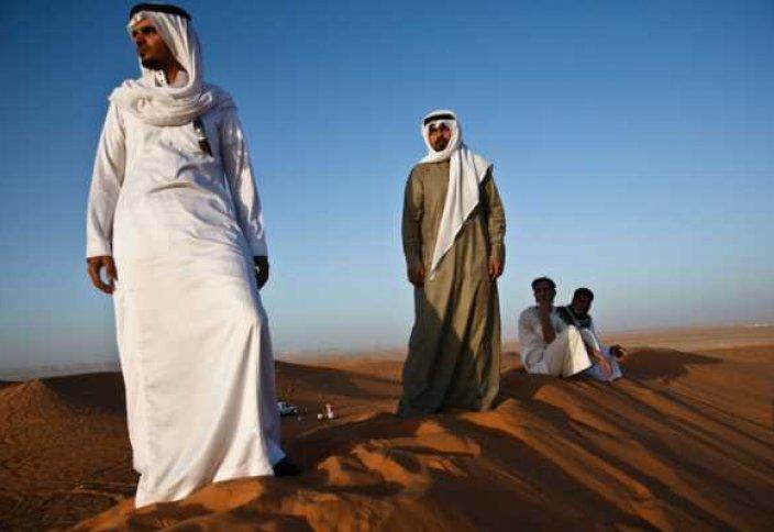Біріккен Араб Әмірлігінің байырғы тұрғындарының ертегіге бергісіз өмірі