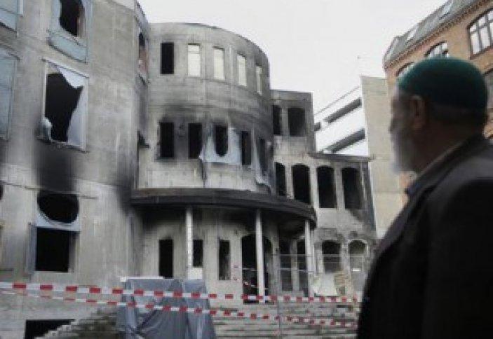 В Германии исламофобы подожгли мечеть