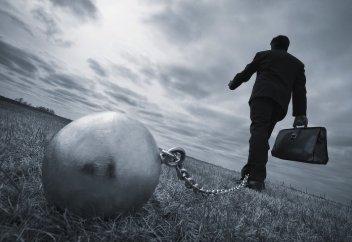 Миллион казахстанцев имеют долги перед банками, налоговиками или судоисполнителями