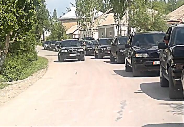 Қырғызстанда салтанатты шеруге шектеу қойылатын болды (видео)