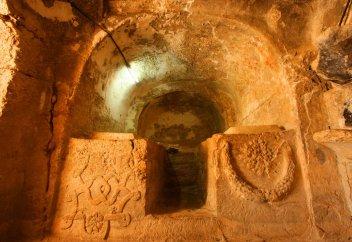 Пещеры Семерых спящих отроков есть в Турции и Иордании (фото)