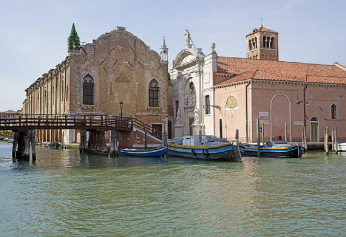 Первая в Венеции мечеть открыта в церкви