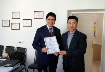 Буратиноға ҚМДБ халал сертификаты берілді (ФОТО)