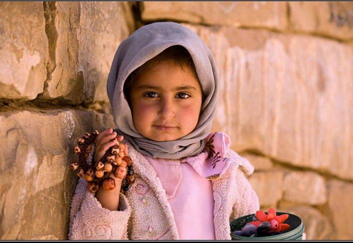 Британ ұйымы мұсылман балаларға қамқор болғысы келетіндерге кеңес береді