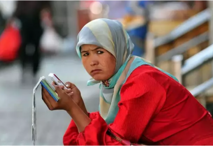 Все больше подозрений возникает из-за связи китайских телефонов с угрозами в сфере безопасности