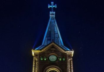 Во Франции храм продадут под отель