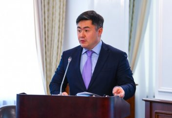 Может ли Казахстан отказаться от доллара?