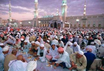 Бір ғана мұсылман елі Рамазан айында әлемдегі мұқтаж жандарға 41 млн дирхамның жәрдемін көрсетеді