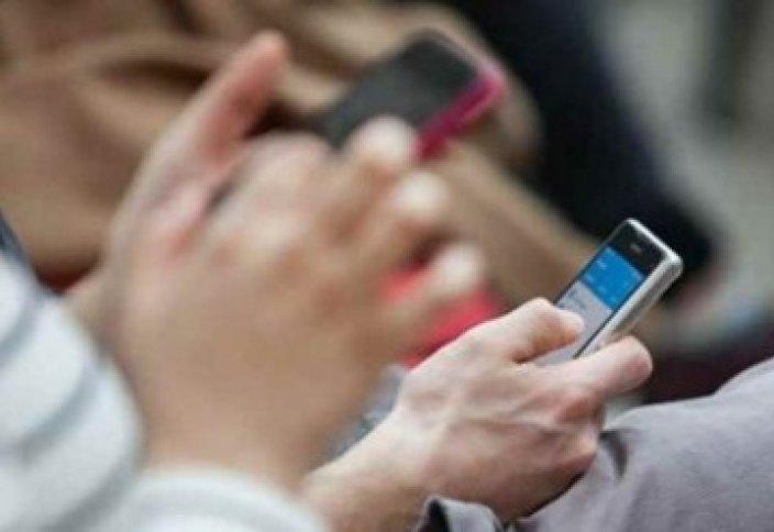 Латын әліпбиіндегі қазақ тілі барлық смартфондарда қол жетімді болды
