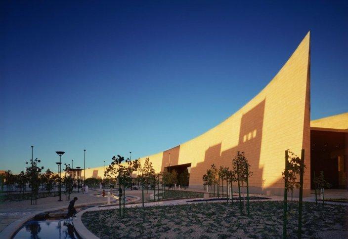 Национальный музей Саудовской Аравии (фото) Национальный музей в виде розы пустыни откроется в Катаре (фото+видео)