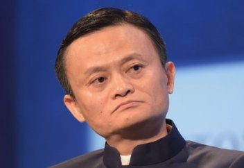 Самый богатый человек Китая предсказал 20-летнюю торговую войну