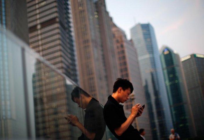 Қытайлықтар ғаламторға компьютер емес, смартфон арқылы шығуды артық көреді