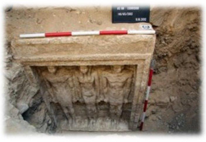 Обнаружение новой гробницы неизвестной царицы во время раскопок в Египте