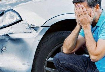 Что делать, если вашу машину повредили на парковке. Инструкция