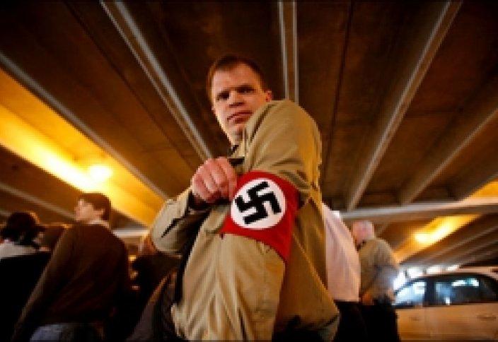 Германияда неонацистер үрей туғызуда