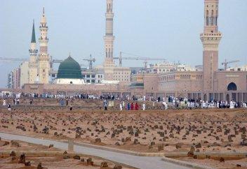 История кладбища аль-Баки' в Медине (фото)