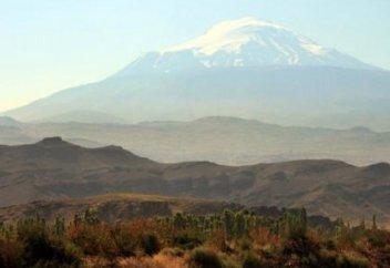 Ученые нашли Ноев ковчег в Турции