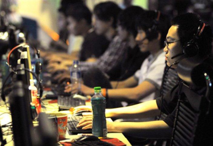 Компьютер ойынын 19 сағат ойнаған қытайлық қайтыс болды