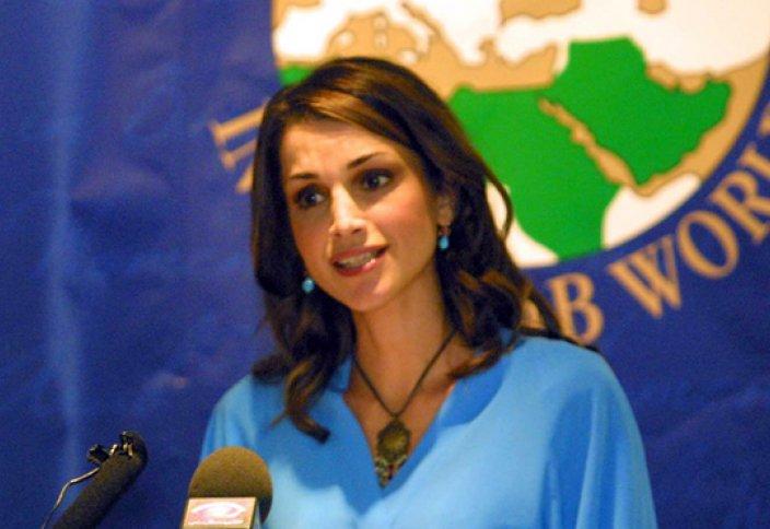 Королева Иордании Рания призвала арабские СМИ создавать ИГИЛ пиарную компанию
