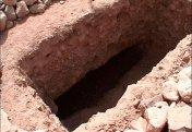 «Ложить горсть земли» усопшему при погребении – обычай или религиозный ритуал?