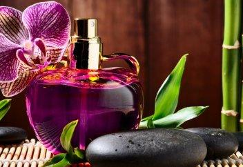 Потерявший сознание на парфюмерном рынке