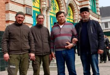 Два жителя Башкортостана отправились в хадж на лошадях (Видео)