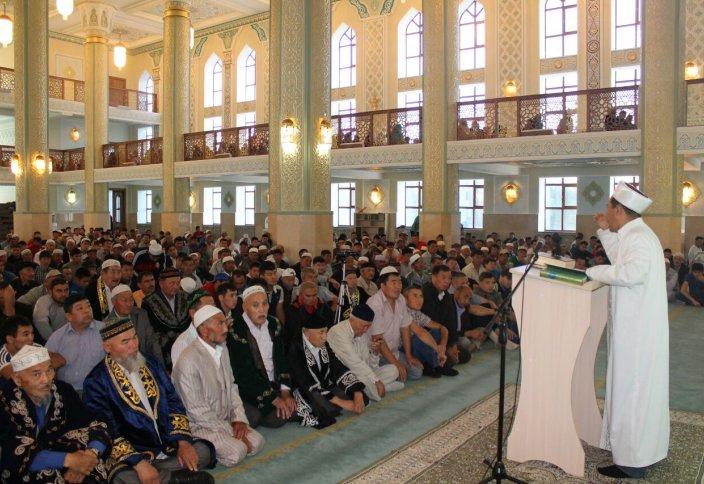 Молдеке сіз не дейсіз немесе имамдарға деген құрметіміз қандай?