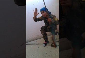 Снайпер әйел содырлардың оғынан Алланың қалауымен қалай аман қалды? (видео)