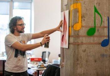 Ғалымдар графитті интерактивті «экранға» айналдыра алды (видео)