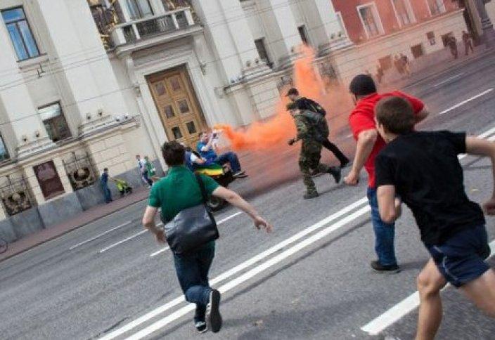 ГЕИ vs ПРАВОСЛАВНЫЕ: потасовка в Москве
