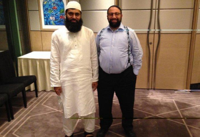 Объединение мусульманских и еврейских лидеров привело к дружественным совместным проповедям