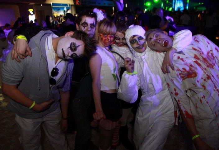 Ежегодные оргии на Хэллоуин грозят запретом этого праздника в России